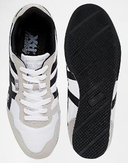 XTI - Crontrast Stripe Sneakers