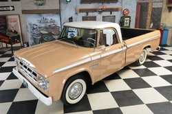 Dodge - 1968 D100 Pick Up Truck