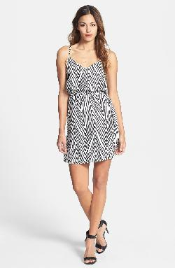 DEX  - Zigzag Print Dress