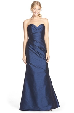 Jim Hjelm Occasions - Strapless Dupioni Sweetheart Trumpet Gown