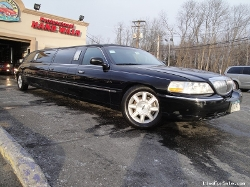Lincoln  - Krystal Stretch Limo Sedan