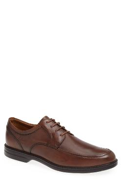 Clarks - Bilton Walk Apron Toe Derby Shoes