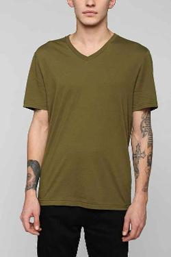 BDG - Cotton Regular Fit V-Neck Tee