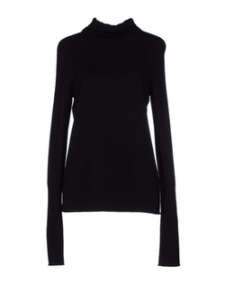 Protagonist - Turtleneck Sweater