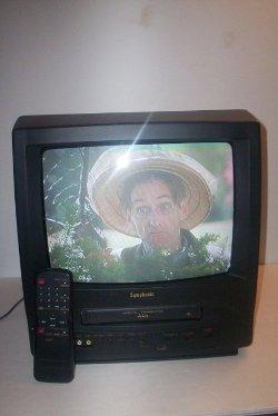 Symphonic  - SC313A TV/VCR Combo