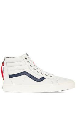Vans  - The Sk8-Hi Zip CA Sneaker in Varsity Stripes True White