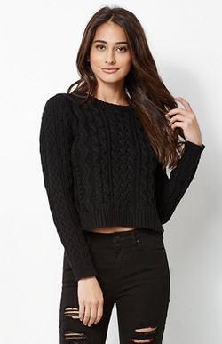 Kendall & Kylie - Cable Stitch Cropped Pullover Sweater