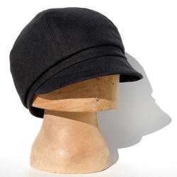 ZutJean  - Italian Designer Linen Peaked Cap