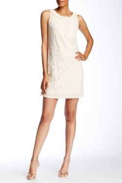 Eci  - Sleeveless Lace Sheath Dress