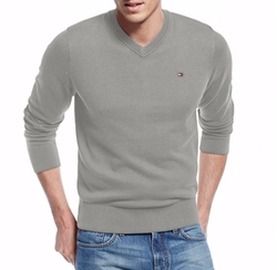 Tommy Hilfiger - Signature Solid V-Neck Sweater