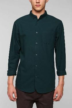 Urban Outfitters - Globe Goldstock Raglan Oxford Button-Down Shirt