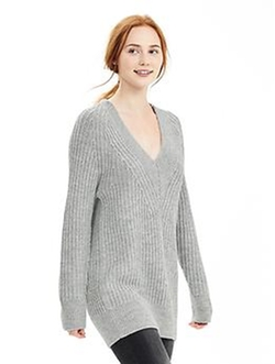 Banana-Republic - Textured V-Neck Sweater Tunic