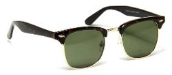 In Touch with Style - Wayfarer Vintage Fashion Square Green Lens Sunglasses
