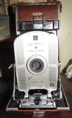 Polaroid  - Land Model 95 Camera