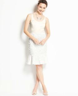 ANN TAYLOR - DUCHESS SATIN AND LACE DRESS