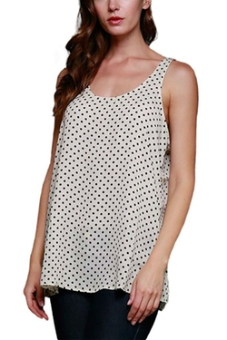 SBelle Couture - Sleeveless Scoop Neck Top