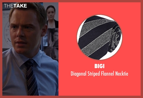 Bigi gray necktie from The Blacklist seen with  Donald Ressler (Diego Klattenhoff)