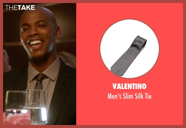 Valentino gray tie from Supergirl seen with  James Olsen (Mehcad Brooks)