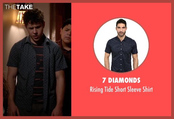 7 Diamonds blue shirt from Modern Family seen with  Luke Dunphy (Nolan Gould)