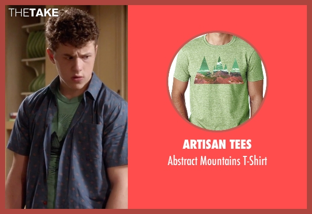 Artisan Tees green t-shirt from Modern Family seen with  Luke Dunphy (Nolan Gould)