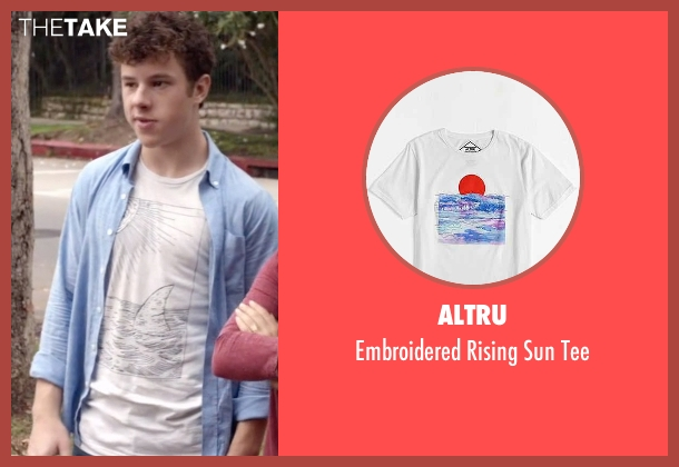 Altru white tee from Modern Family seen with  Luke Dunphy (Nolan Gould)