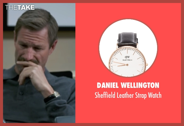 Daniel Wellington black watch from Sully seen with Aaron Eckhart (Jeff Skiles)