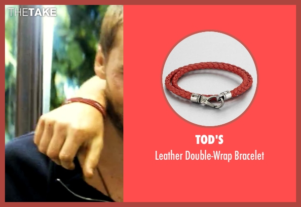 Tod's red bracelet from Savages seen with Aaron Taylor-Johnson (Ben)
