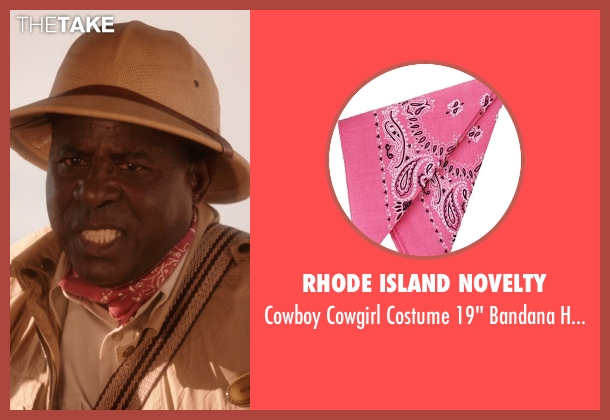 Rhode Island Novelty pink scarf from Blended seen with Abdoulaye NGom (Mfana)