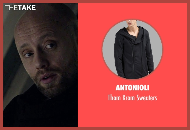 Antonioli black sweaters from The Martian seen with Aksel Hennie (Alex Vogel)