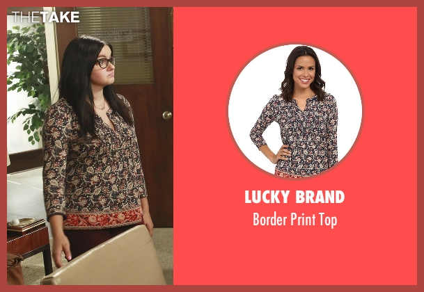 Lucky Brand black top from Modern Family seen with Alex Dunphy  (Ariel Winter)