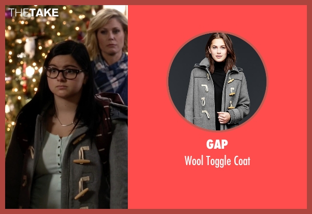 Gap gray coat from Modern Family seen with Alex Dunphy  (Ariel Winter)