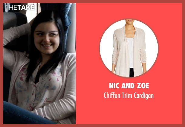 Nic And Zoe pink cardigan from Modern Family seen with Alex Dunphy  (Ariel Winter)