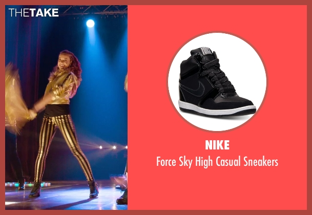 Nike black sneakers from Pitch Perfect 2 seen with No Actor (Stacie)