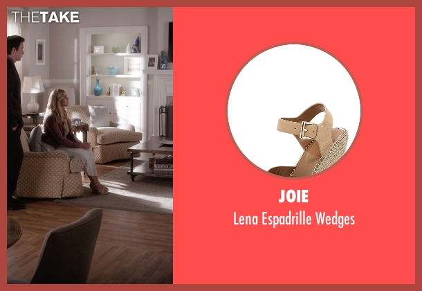 Joie beige wedges from Pretty Little Liars seen with Alison DiLaurentis (Sasha Pieterse)