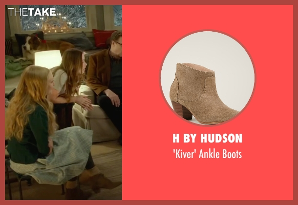 H By Hudson beige boots from Love the Coopers seen with Amanda Seyfried (Ruby)