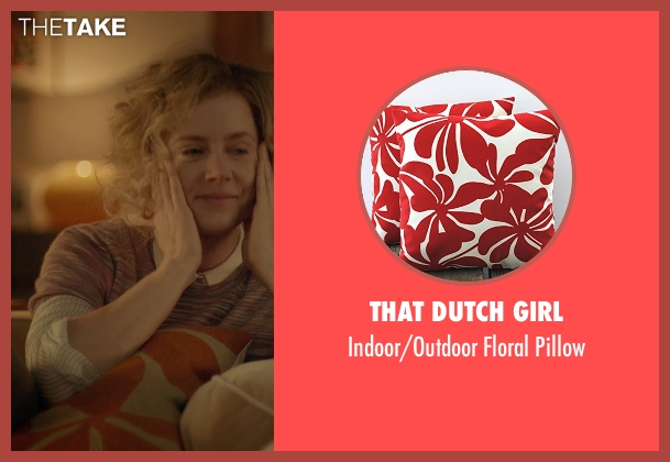 That Dutch Girl pillow from Her seen with Amy Adams (Amy)