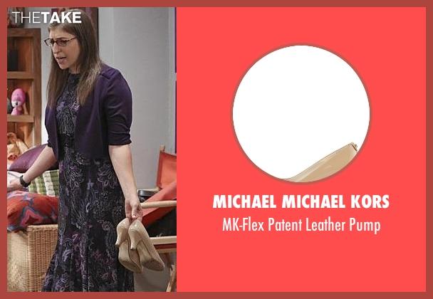 Michael Michael Kors beige pump from The Big Bang Theory seen with Amy Farrah Fowler (Mayim Bialik)