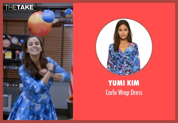 Yumi Kim blue dress from Brooklyn Nine-Nine seen with Amy Santiago  (Melissa Fumero)