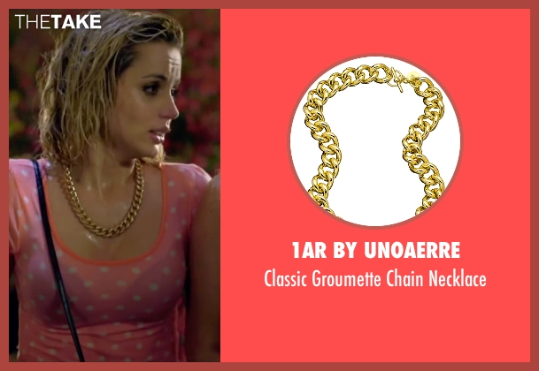 1AR By UnoAerre gold necklace from Knock Knock seen with Ana de Armas (Bel)