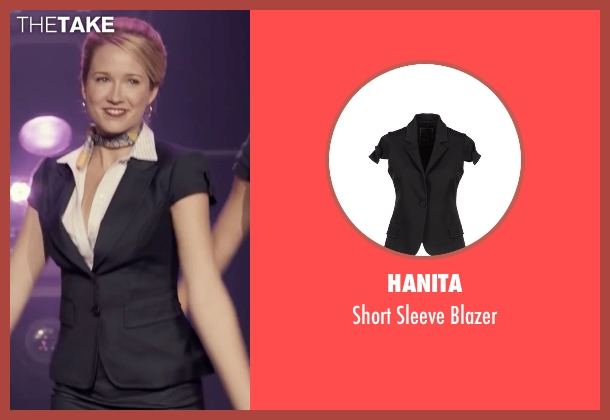 Hanita black blazer from Pitch Perfect seen with Anna Camp (Aubrey)