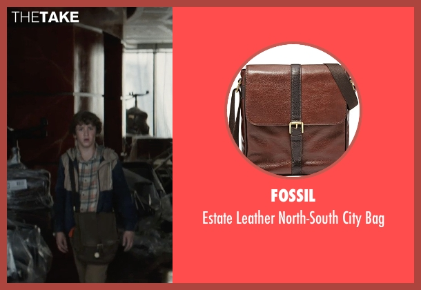 Fossil bag from San Andreas seen with Art Parkinson (Ollie)