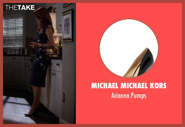 Michael Michael Kors black pumps from Pretty Little Liars seen with Ashley Marin  (Laura Leighton)