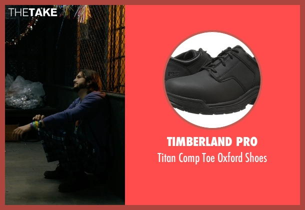 Timberland PRO blue shoes from New Year's Eve seen with Ashton Kutcher (Randy)