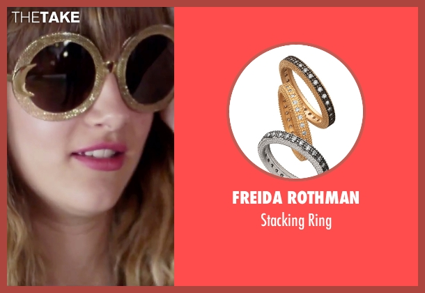 Freida Rothman gold ring from Jem and the Holograms seen with Aubrey Peeples (Jem)