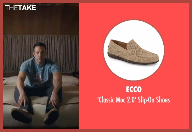 Ecco beige shoes from The Accountant seen with Ben Affleck (Christian Wolff)