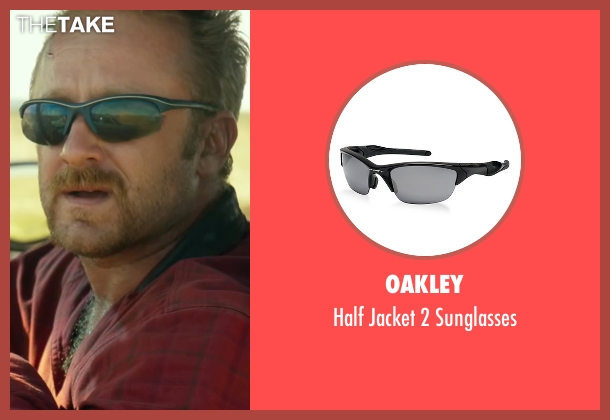Oakley black sunglasses from Hell or High Water seen with Ben Foster (Tanner)