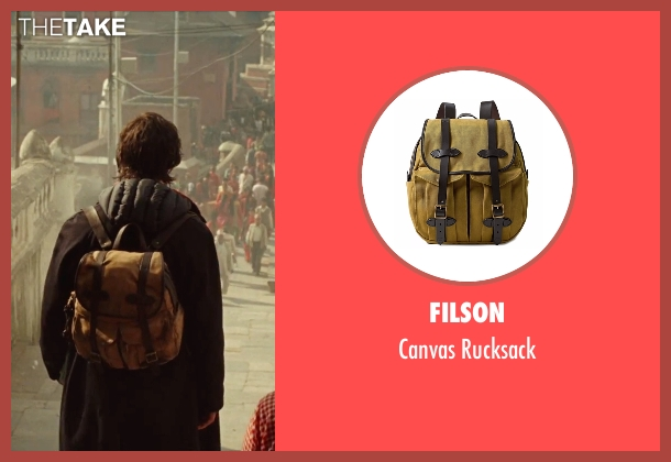 Filson  beige rucksack from Doctor Strange seen with Benedict Cumberbatch (Dr. Stephen Strange)