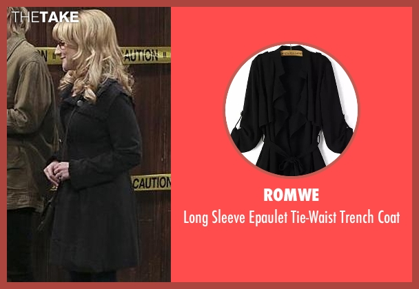 Romwe black coat from The Big Bang Theory seen with Bernadette Rostenkowski (Melissa Rauch)