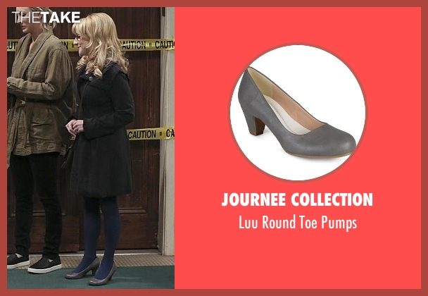 Journee Collection gray pumps from The Big Bang Theory seen with Bernadette Rostenkowski (Melissa Rauch)