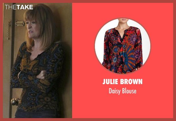 Julie Brown black blouse from Nashville seen with Beverly O'Connor (Dana Wheeler-Nicholson)